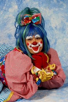 what the heck is this? Cute Clown, Creepy Clown, Scary Halloween, Circus Art, Circus Clown, Types Of Clowns, Clown Photos, Clown Costumes, Halloween Costumes