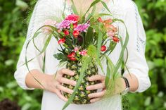 Fruchtige Vase #pineapple #vase #flowers #diy #doityourself #decoration