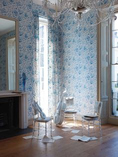 PAMIR design from the Cathay Wallpapers collection (chairs are JINSHA) by Nina Campbell distributed by Osborne & Little www.osborneandlittle.com/