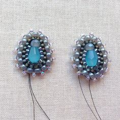 Lisa Yang's Jewelry Blog: New Ases Style Shapes: Brick Stitch Bling Earrings, Pendant