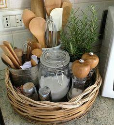 Organizar a bancada da cozinha... www.organizarsempre.com.br #organizar #decorar #ideias #homedecor #my #wiwt #home #girl #love #lovely #beautiful #good #forever