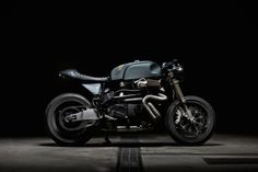 We knew this Italian garage had created something special when we saw the moniker of their latest build. Named after the Italian word for wild beast, minimal design and timeless appearance make up the Sartorie Meccaniche Belva Motorcycle. This cafe...