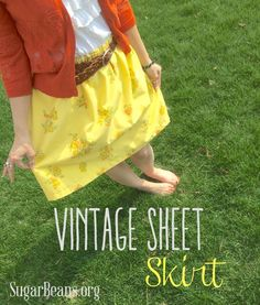 Quick Skirt from a Vintage Sheet {Easter} — Sugar Beans Sewing Hacks, Sewing Tutorials, Sewing Crafts, Sewing Patterns, Sewing Projects, Diy Clothing, Sewing Clothes, Vintage Sheets, Vintage Linen