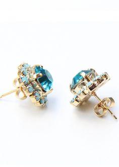 True blue crystal stud #earrings with real #swarovski rhinestones. #fashion #jewellery #accessories
