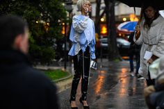 Streetstyle at Paris Fashion Week Autumn 2017 (Source: Hugo Lee)