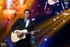 nick en simon foto's   Nick en Simon bij All You Need Is Love concert in de HMH