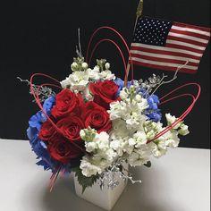 Fourth of July Floral Arrangement for Battle of the Blooms at Matlack Florist, Martha's Design  #RedWhiteandBlue