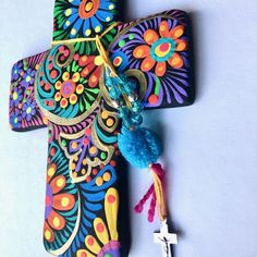 Ceramic Hand-painted Mexican Cross with Tassel - Black Hand Painted Crosses, Wooden Crosses, Crosses Decor, Wall Crosses, Mexican Decorations, Cross Door Hangers, Cross Wall Art, Mexican Crafts, Diy Photo Booth