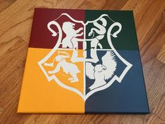 paintings harry potter A set of 5 Harry Potter House Crest Minimalistic Hand Painted Acrylic Canvas Harry Potter Kunst, Harry Potter Canvas, Harry Potter Painting, Harry Potter Artwork, Harry Potter Decor, Harry Potter Drawings Easy, Disney Canvas Art, Mini Canvas Art, Pintura Do Harry Potter