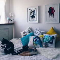 Pin for Later: 55 Real-Life Reading Nooks to Inspire Your Bookish Sanctuary Geeky Prints and Abundant Pillows