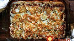 Íme a krumplis recept, ami meghódította az internetet. Te is imádni fogod! Potatoes Au Gratin, Gratin Dish, Sliced Potatoes, My Favorite Food, Favorite Recipes, Meals Without Meat, Thanksgiving 2017, Vegetable Recipes, Farmers Market