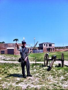 Fort Gaines Cannon Demonstration Dauphin Island, Fortification, Gulf Of Mexico, Outdoor Recreation, Cannon, Alabama, Castle, History, Beach