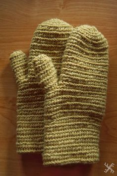Rękodzielnica  naalbinding gloves mittens early medieval