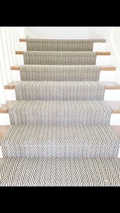 Ruthless Stair Runner Carpet Diy Stairways Strategies Exploited - Savvy Ways About Things Can. Stairway Carpet, Carpet Stairs, Carpet Flooring, Basement Carpet, Hall Carpet, Pattern Carpet On Stairs, Stairs Flooring, Wainscoting Stairs, Carpet Stair Treads