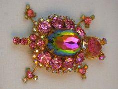 Vintage D&E (Juliana) Pink & Heliotrope Turtle Brooch #vintagebrooch #vintagejewelry #Juliana #D&E #turtle #pink #rhinestonejewelry $149.00