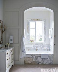 Arched Niche for Bathtub in Master Bathroom #homedecor