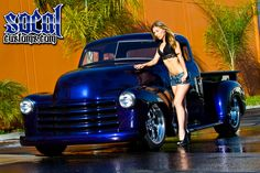 1950 Chev in House Of Kolor Cortez Blue base and House Of Kolor Dry Pearl ghost flames 54 Chevy Truck, Chevy Pickup Trucks, Chevy Pickups, Chevrolet Trucks, Vintage Pickup Trucks, Classic Pickup Trucks, Antique Trucks, Trucks And Girls, Car Girls