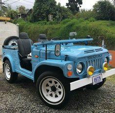 Kawaii Jeep Cars, Jeep Truck, 4x4 Trucks, Convertible, Suzuki Cars, Suzuki Jimny, Jeep Liberty, Cute Cars, Retro Cars