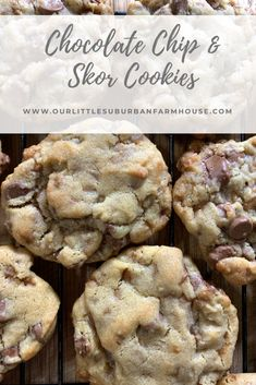 Chocolate Chip and Skor Cookies - Our Little Suburban Farmhouse These are probably one of my most requested recipes. People go nuts for these things, and I have to admit they are pretty delicious! Köstliche Desserts, Delicious Desserts, Dessert Recipes, Yummy Food, Layered Desserts, Doterra, Chocolate Chip Cookies, Chocolate Chips, Biscuits