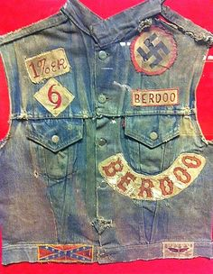 Vintage Hells Angels Berdoo cut. Epic piece from the early days. Not sure where this pic is from. Should be in a museum.