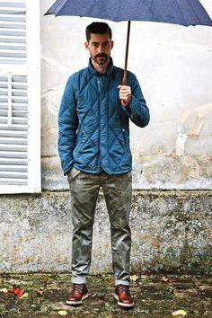 Jaqueta Puffer em gomos masculina. Ideal para jeans de chuva e frio!