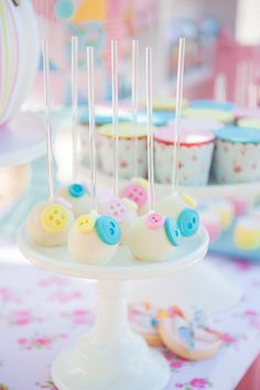 Little Big Company Blog: Cute as a Button Lalaloopsy themed 3rd birthday for Zoe by Styled by Belle