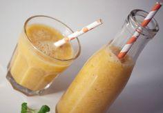 Smag af sommer og sol, en smoothie med den smukkeste solskinsgule farve og sød smag af sommer. Frisk og lækker, se opskrift og billeder her