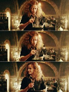 This is how Hermione's hair looked all the time in the books. HP