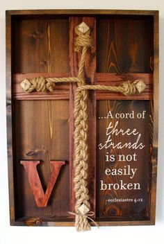 Wedding Unity Ceremony - Unity Braid w/Ecclesiastes scripture. This is my favorite unity idea for a wedding. Biblical influebce and you end up with a nice home decor piece as a keepsake. Rustic Wedding, Our Wedding, Wedding Gifts, Dream Wedding, Trendy Wedding, Fall Wedding, Elegant Wedding, Wedding Decor, Wedding Church