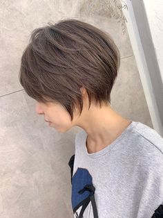 Short Choppy Hair, Asian Short Hair, Short Hair Cuts, Short Hair Styles, Long Pixie Hairstyles, Pixie Haircut, Short Hairstyles For Women, Corte Pixie, Haircut And Color
