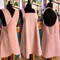 The Maria Apron PDF sewing pattern Pinafore style apron Apron Pattern Free, Tunic Sewing Patterns, Sewing Aprons, Sewing Clothes, Clothing Patterns, Pattern Sewing, Dress Patterns, Japanese Sewing Patterns, Retro Apron Patterns