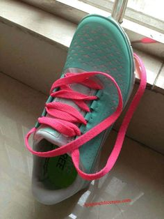 nike shoes online outlet, free shipping , fast delivery from CheapShoesHub com  large discount price $59usd - $39usd