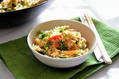 Riso basmati e verdurine Rice Recipes, Asian Recipes, Healthy Recipes, Ethnic Recipes, Healthy Food, Oriental, Quinoa Rice, Rice Dishes, C'est Bon
