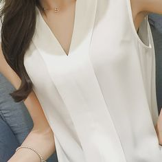 Summer Style 2016 Blusas Femininas Women Casual White Chiffon Blouse Shirt Fashion V-Neck Sleeveless Tops Women Blusa Mujer