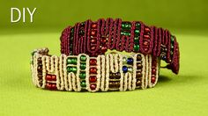 Snaky ZigZag Lines with Beads - Egyptian Bracelet Tutorial. To make this bracelet you only need to know one simple knot. This bracelet is easy to make and it looks really interesting, it kinda looks like an Egyptian motif. Armband Tutorial, Macrame Bracelet Tutorial, Macrame Necklace, Macrame Jewelry, Macrame Bracelets, Beads Tutorial, Necklace Tutorial, Earring Tutorial, Leaf Necklace
