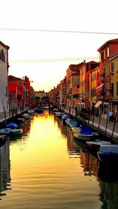 Burano, Veneto, Italy / water passages