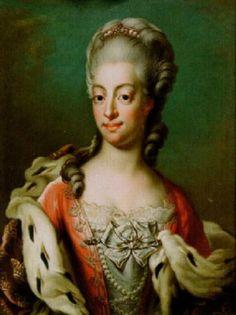 Porträtt av drottning Sofia Magdalena iklädd röd klänning och violett hermelinmantel by Jacob Bjork