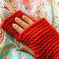 Mitones para tener calentitas las manos!! by NanE's