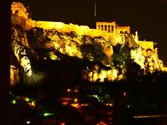 A night photo of the Parthenon from our balcony as I poke my head around the end of the building!  This is our second trip to Greece and country 70 of our world trip and our 5th year of nomadic life.  This is our second trip to Greece and country 70 of our world trip and our 5th year of nomadic life. . . . NUMBER ONE Single Parent Travel Blog (Nomadic) NUMBER THREE Australia & NZ Travel Blog (Family) NUMBER TWELVE Australia & NZ Travel Blog (General)   Photo By @exploramum  Location  GREECE…