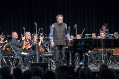 Philip Glass at the festival 'Music in the Giant' at Swarovski Crystal Worlds in Wattens, Tyrol. Swarovski Crystal World, Philip Glass, Stars Play, World Star, Classical Music, Concert, Celebrities, Music, Celebs