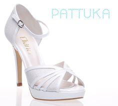 Zapatos de Novia Elianor de www.pattuka.com Bridal shoes