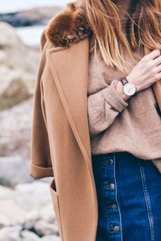 Camel coat - sweater - Daniel Wellington Watch   Prosecco   Plaid Верблюжье  Пальто, Дэниел 80afa183562
