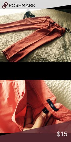 Gap crop pants Coral crop gap pants size 8 normal wear condition it has small stain (please refer to picture ) length 34' Gap Pants
