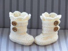 Crochet Baby Shoes Crochet Boots Pattern Crochet Booties by CrochetBabyBoutique - Crochet Baby Boots Pattern, Crochet Boots, Crochet Baby Booties, Crochet Slippers, Crochet Patterns, Crochet For Beginners, Crochet For Kids, Free Crochet, Knit For Baby