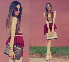 El color borgoña es el color de la temporada,en cualquier prenda se ve increíble http://www.linio.com.mx/ropa-calzado-y-accesorios/dama/?utm_source=pinterest_medium=socialmedia_campaign=12122012.colorborgoñavisible