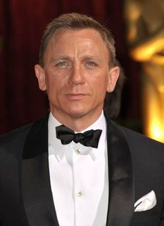 Actor Daniel Craig arrives at the Annual Academy Awards held at The Kodak Theatre on February 22 2009 in Hollywood California Craig Bond, Daniel Craig James Bond, Rachel Weisz, Photo Images, Picture Photo, Celebrity Dads, Celebrity Crush, Celebrity Style, Daniel Graig