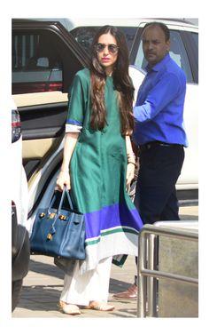 Pakistani Fashion Casual, Pakistani Dresses Casual, Indian Bridal Fashion, Indian Attire, Indian Wear, Indian Outfits, Kurta Designs Women, Salwar Designs, Cute Maternity Dresses