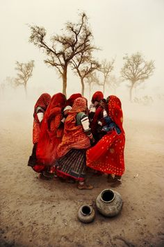 Steve McCurry's Most Beautiful and Powerful Photo Stories - My Modern Metropolis