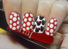 Minnie Mouse Nails :D