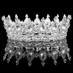 Vintage Queen Crown. Gold Wedding CrownsWedding TiarasGold Wedding JewelrySilver  ... ded4bc2d9e81